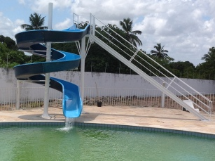 Parque aquático da Área de Lazer do SINSENAT